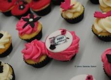 Special SnS cupcakes <3